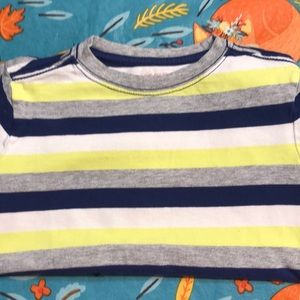 Boy's tricolored t-shirt